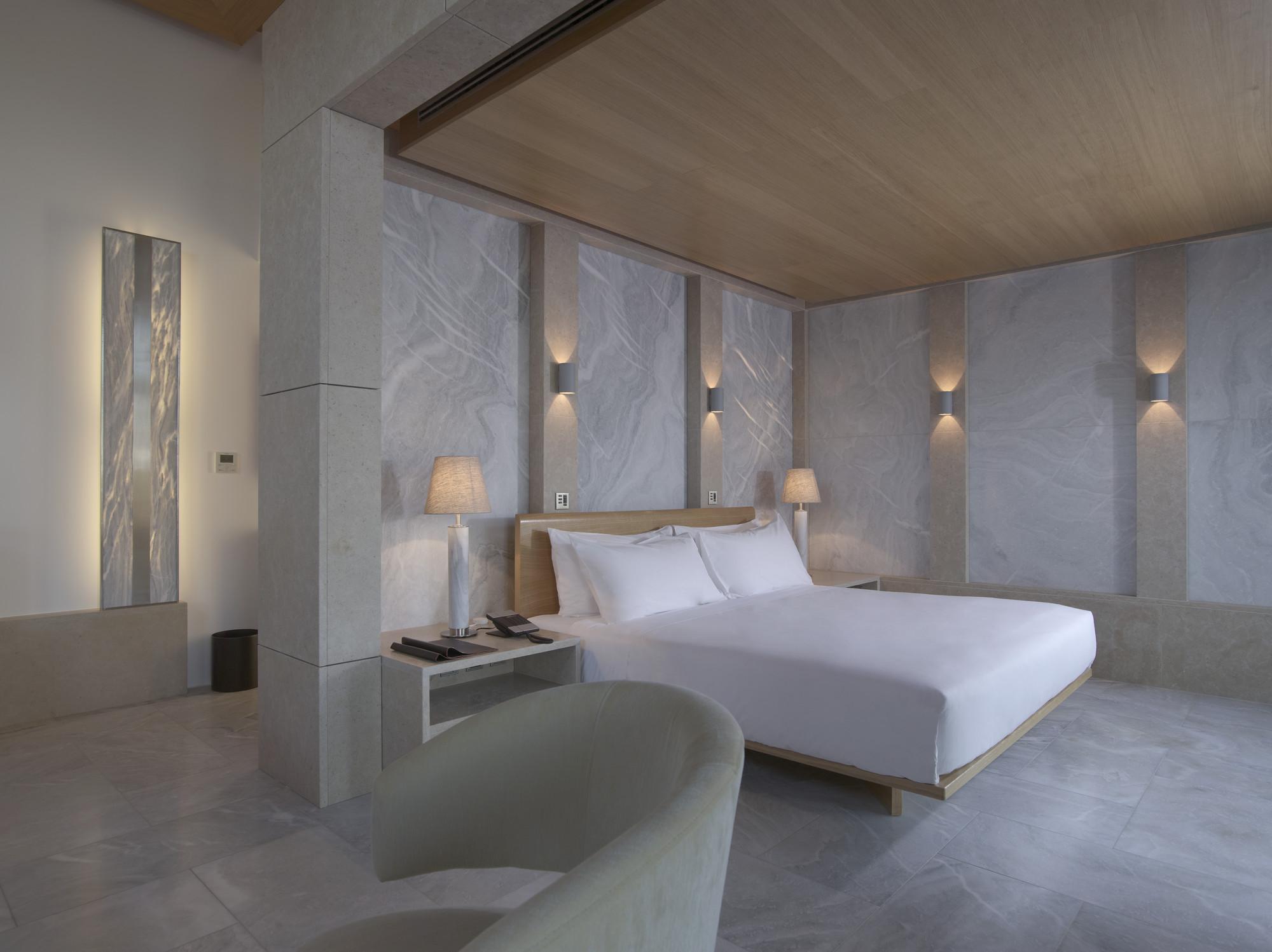 RS588_Amanzoe - Pavillion Bedroom-lpr